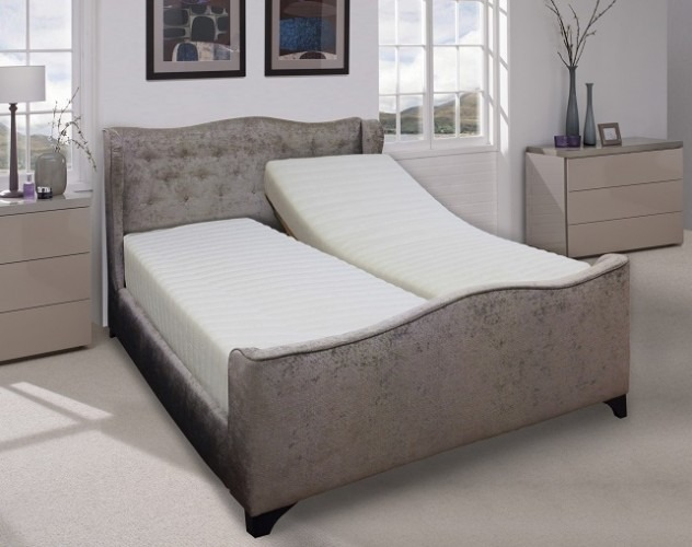 Wellington 39 plush adjustable bed davidsons chemists for Beds wellington